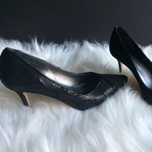 Roberto Capucci Shoes - Roberto Capucci Leather & Suede Heels - Size 6B